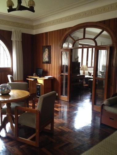 10-16 hotel lobby