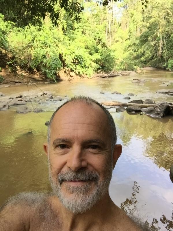 10-22 river selfie