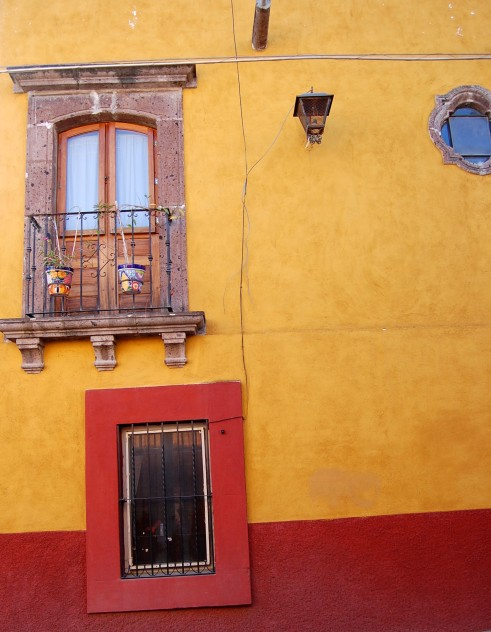 1-29 yellow red blue window