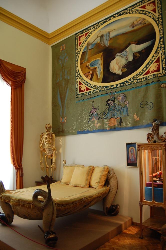 9-16 dali bedroom