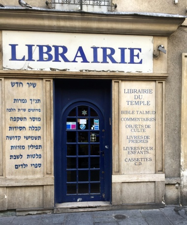 9-19 librairie du temple