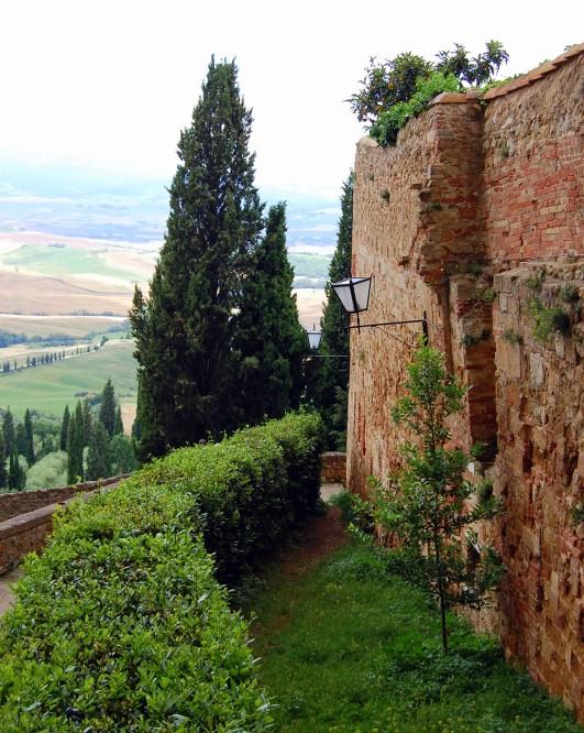 6-14 scenic view pienza