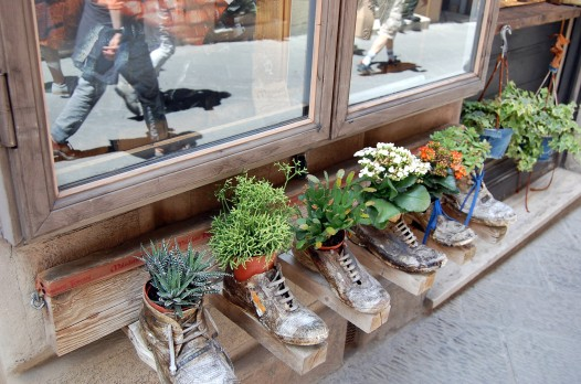 6-17 boot planters