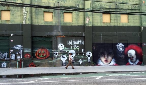 7-16 halloween in LIC